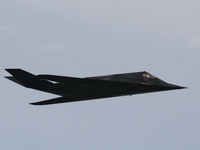 f-117a night hawk stealth fighter