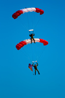 double parachutes Abbotsdord, British Columbia, Canada, North America