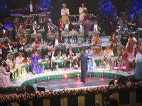 andre rieu playing violin