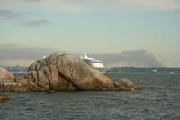 cruise ship near lighthouse park