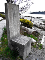 20100327184328_king_throne