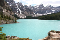 moraine lake in jade color