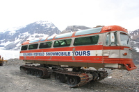view--columbia icefield snowmobile tours