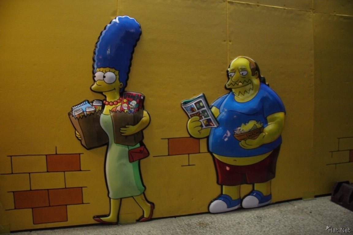 marjorie - marge simpson and comic book man guy